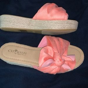 Pink/coral bow platforms BRAND NEW